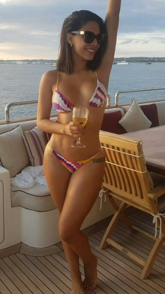 Essex escorts - hot girl